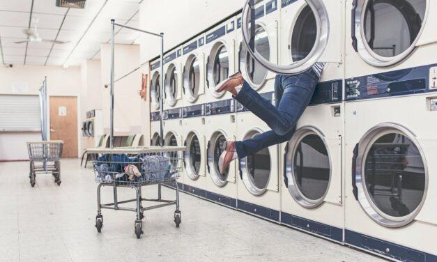 Beste wasmiddel voor je wasmachine [vloeibaar VS poeder]