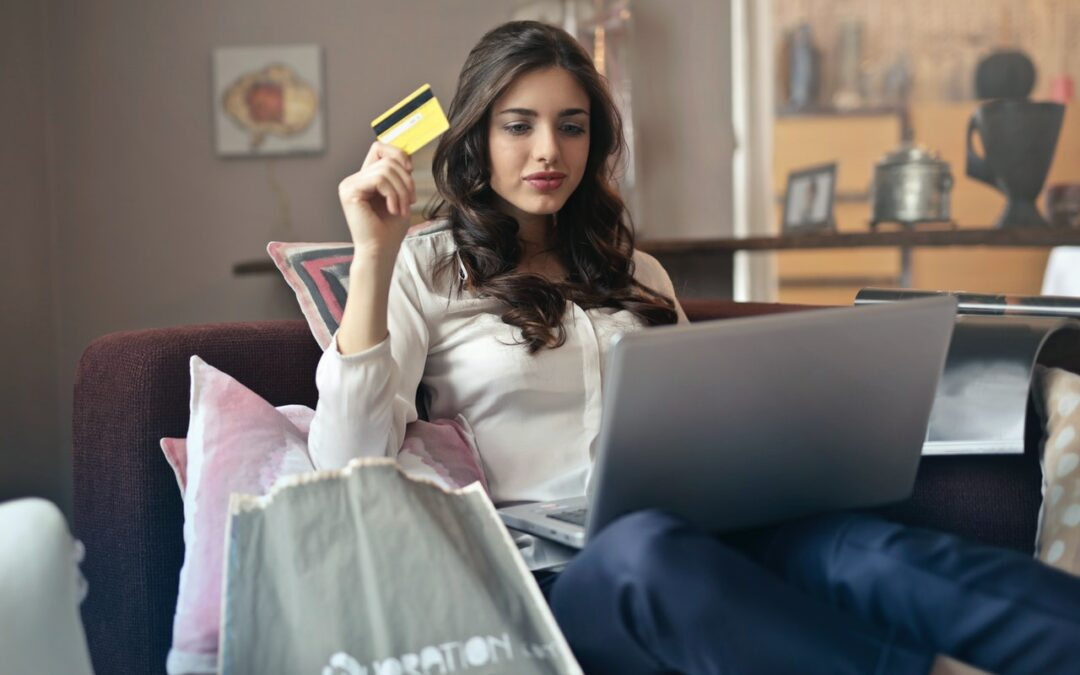 De Meest Trendy & Leuke Dameskleding Webwinkels [Top 10 Nederland]